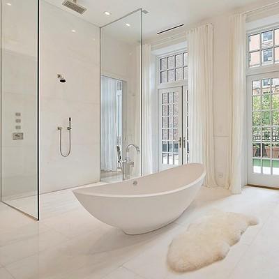 J Lo fürdőszobája